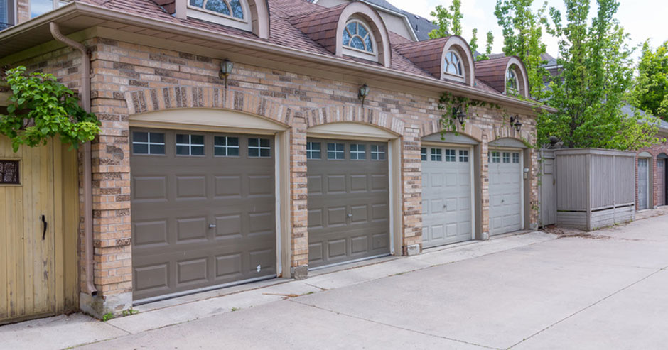 Broken garage door repair Newport